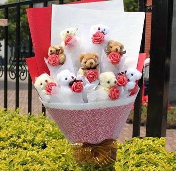 Aydın incir çiçek çiçek siparişi vermek  9 adet ayicik ve 9 adet yapay gül
