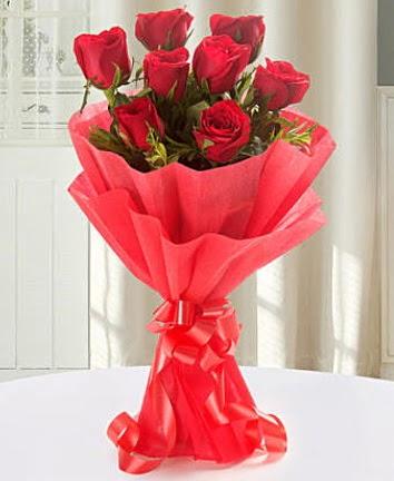 9 adet kırmızı gülden modern buket  Aydın incir çiçek incir çiçek İnternetten çiçek siparişi