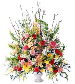 Aydın incir çiçek hediye sevgilime hediye çiçek  mevsim çiçekleri aranjman sepette