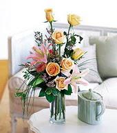 Aydın incir çiçek çiçek , çiçekçi , çiçekçilik  cam yada mika vazo içerisinde gül kazablanka