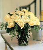 Aydın incir çiçek çiçek siparişi sitesi  11 adet sari gül mika yada cam vazo tanzim