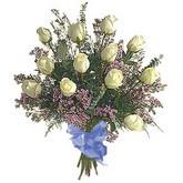 bir düzine beyaz gül buketi   Aydın incir çiçek çiçek gönderme sitemiz güvenlidir
