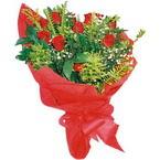 10 adet kirmizi gül buketi  Aydın incir çiçek çiçek yolla