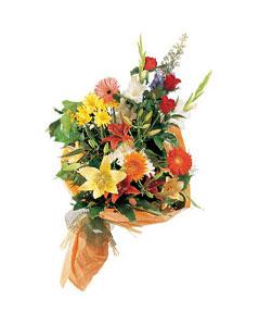 mevsim çiçekleri buketi   Aydın incir çiçek uluslararası çiçek gönderme