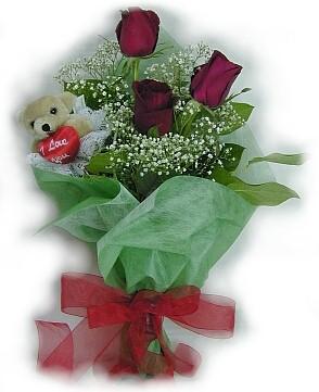 3 adet gül ve küçük ayicik buketi  Aydın incir çiçek cicek , cicekci