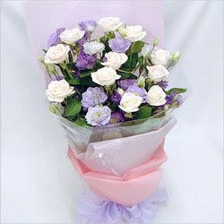 Aydın incir çiçek internetten çiçek satışı  BEYAZ GÜLLER VE KIR ÇIÇEKLERIS BUKETI