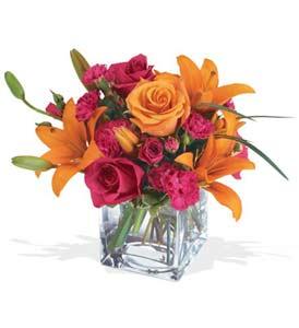 Aydın incir çiçek çiçek mağazası , çiçekçi adresleri  cam içerisinde kir çiçekleri demeti