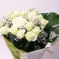 Aydın incir çiçek hediye çiçek yolla  11 adet sade beyaz gül buketi