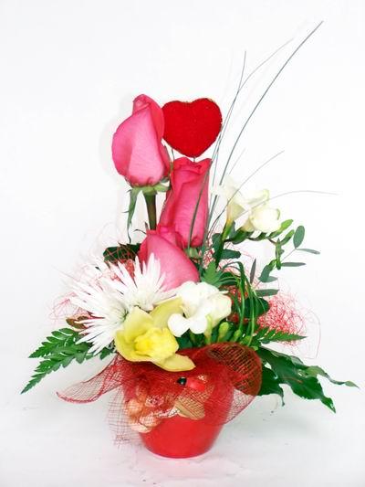 Aydın incir çiçek ucuz çiçek gönder  cam içerisinde 3 adet gül ve kir çiçekleri