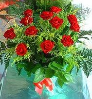 12 adet gül buketi  Aydın incir çiçek anneler günü çiçek yolla