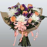 güller ve kir çiçekleri demeti   Aydın incir çiçek çiçekçiler