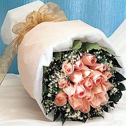 12 adet sonya gül buketi anneler günü için olabilir   Aydın incir çiçek incir çiçek İnternetten çiçek siparişi