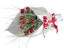 Aydın incir çiçek çiçek siparişi vermek  11 adet kirmizi gül buketi