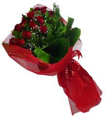 Aydın incir çiçek çiçek gönderme sitemiz güvenlidir  10 adet kirmizi gül demeti