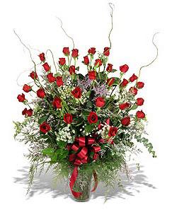 Aydın incir çiçek çiçek siparişi sitesi  33 adet kirmizi gül vazo içerisinde