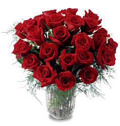 Aydın incir çiçek çiçek gönderme sitemiz güvenlidir  11 adet kirmizi gül cam yada mika vazo içerisinde