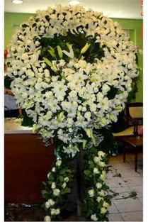 Cenaze çelenk , cenaze çiçekleri , çelengi  Aydın incir çiçek çiçek satışı