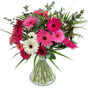 15 adet gerbera ve vazo çiçek tanzimi  Aydın incir çiçek online çiçek gönderme sipariş