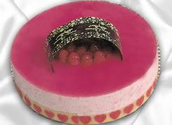 pasta siparisi 4 ile 6 kisilik yas pasta framboaz yaspasta  Aydın incir çiçek güvenli kaliteli hızlı çiçek
