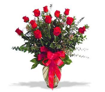 çiçek siparisi 11 adet kirmizi gül cam vazo  Aydın incir çiçek online çiçek gönderme sipariş