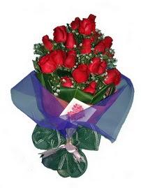 12 adet kirmizi gül buketi  Aydın incir çiçek online çiçek gönderme sipariş