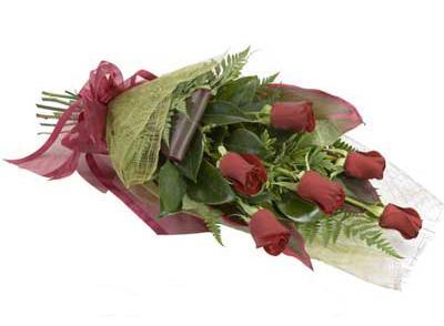 ucuz çiçek siparisi 6 adet kirmizi gül buket  Aydın incir çiçek çiçek siparişi sitesi