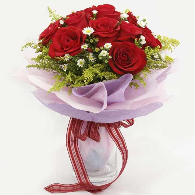 Çiçek gönderme estetikliginiz 11 gül buket  Aydın incir çiçek çiçekçi mağazası