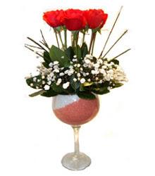Aydın incir çiçek çiçekçiler  cam kadeh içinde 7 adet kirmizi gül çiçek
