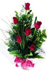 Aydın incir çiçek güvenli kaliteli hızlı çiçek  5 adet kirmizi gül buketi hediye ürünü