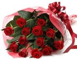Aydın incir çiçek anneler günü çiçek yolla  10 adet kipkirmizi güllerden buket tanzimi