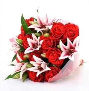 Aydın incir çiçek çiçek siparişi vermek  3 dal kazablanka ve 11 adet kırmızı gül