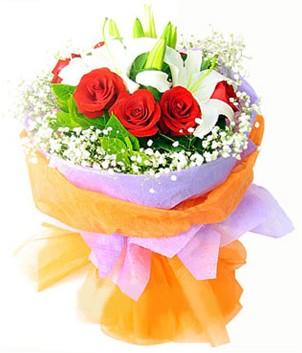 Aydın incir çiçek çiçek gönderme sitemiz güvenlidir  1 dal kazablanka 7 adet kırmızı gül buketi