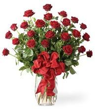 Sevgilime sıradışı hediye güller 24 gül  Aydın incir çiçek 14 şubat sevgililer günü çiçek