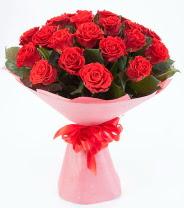 12 adet kırmızı gül buketi  Aydın incir çiçek çiçek siparişi sitesi