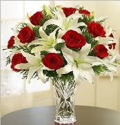 12 adet kırmızı gül 2 dal kazablanka vazosu  Aydın incir çiçek çiçek satışı