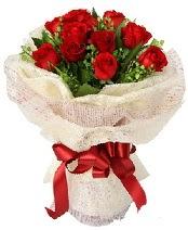 12 adet kırmızı gül buketi  Aydın incir çiçek anneler günü çiçek yolla