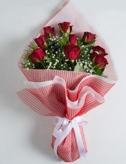 9 adet kırmızı gülden buket  Aydın incir çiçek çiçek satışı