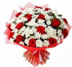 11 adet kırmızı gül ve 1 demet krizantem  Aydın incir çiçek çiçek mağazası , çiçekçi adresleri