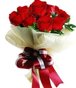 9 adet kırmızı gülden buket tanzimi  Aydın incir çiçek çiçek gönderme sitemiz güvenlidir
