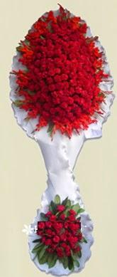 Çift katlı kıpkırmızı düğün açılış çiçeği  Aydın incir çiçek anneler günü çiçek yolla