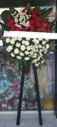 Cenaze çiçeği cenaze çiçek modelleri  Aydın incir çiçek çiçek siparişi sitesi