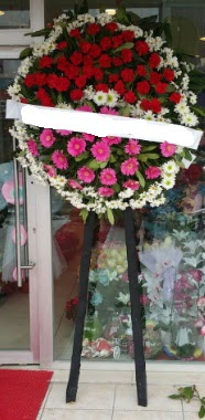 Cenaze çiçek modeli  Aydın incir çiçek internetten çiçek siparişi