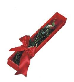 Aydın incir çiçek çiçek online çiçek siparişi  tek kutu gül sade ve sik