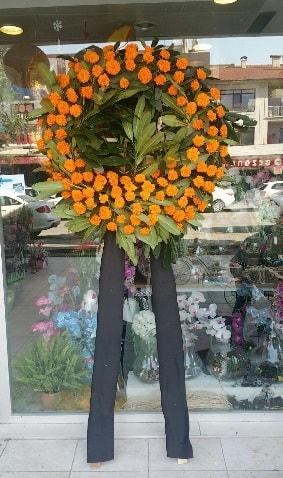Cenaze çiçeği cenaze çelengi çiçek modeli  Aydın incir çiçek çiçek gönderme