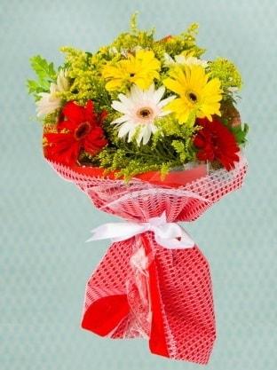 Karışık Gelbera Buketi  Aydın incir çiçek çiçek siparişi sitesi